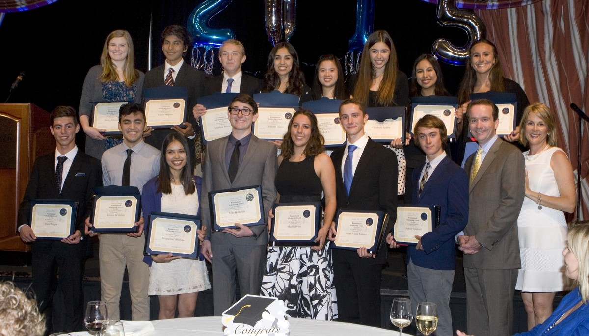 Balboa Bay Club Awards Student Scholarships