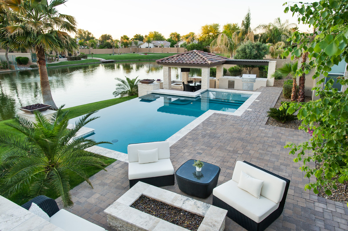 Backyard oasis north scottsdale lifestyle magazine for Garden oases pool entrance