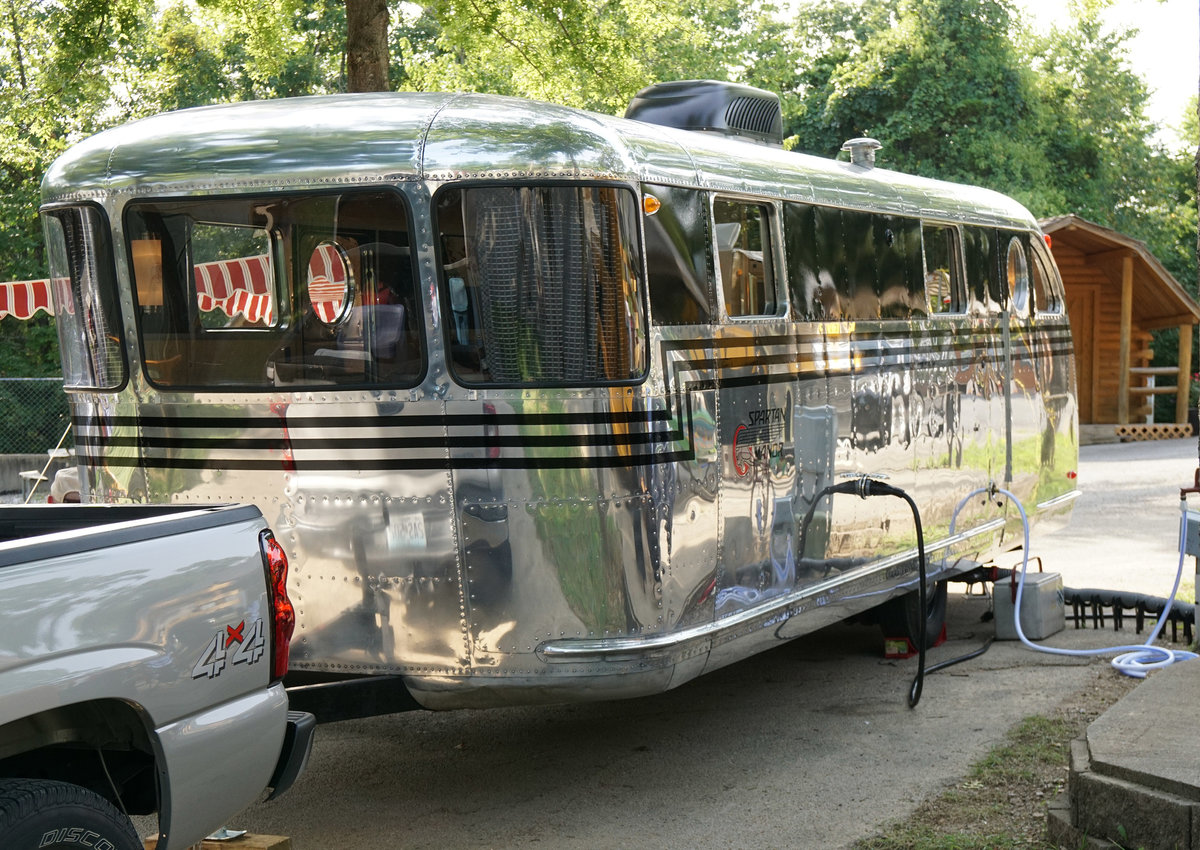New Retro Travel Trailers For Sale >> Vintage Travel Trailers Take Campers Back To A Simpler Time – Leawood Lifestyle Magazine
