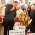 Del Mar Art Center Holds Silent Auction