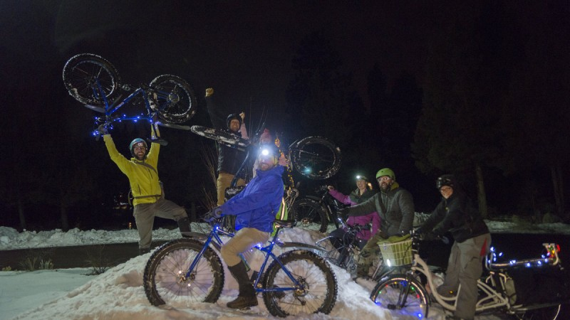 Bend Bikes Host 2nd Annual Christmas Light & Hot Toddy Ride 5