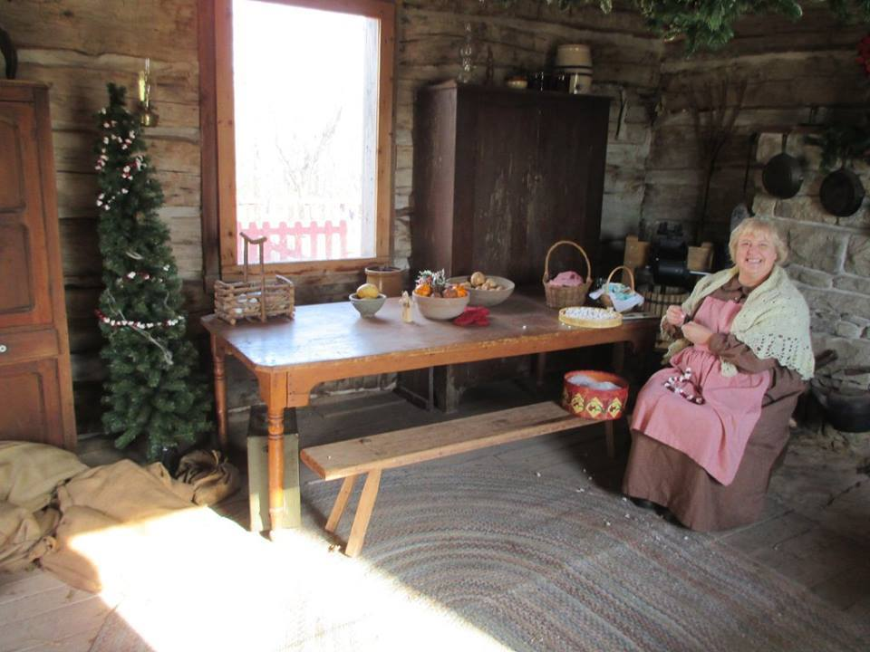 Shoal Creek Living History Museum's Visit from St. Nicholas 9