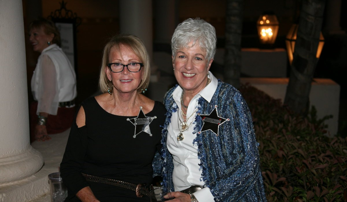 Friends of the Arizona Cancer Center's Evening with Friends Fundraiser 5