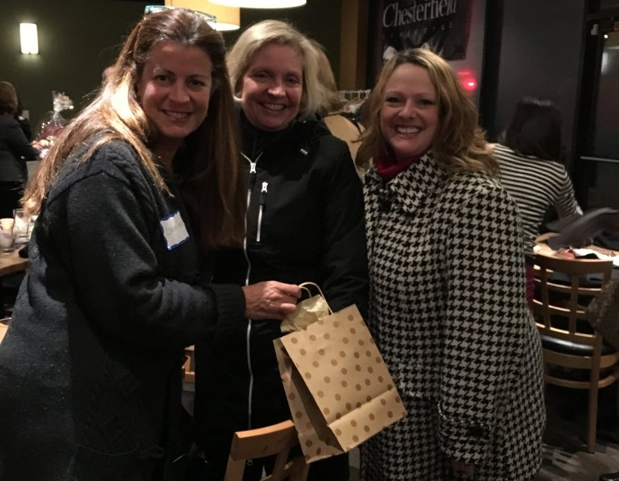Chesterfield Lifestyle Holds Reader Happy Hour at Walnut Grill 10