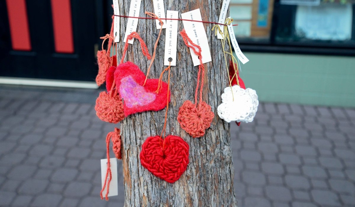 Yarn Bombs Fall Softly on Public Spaces 2