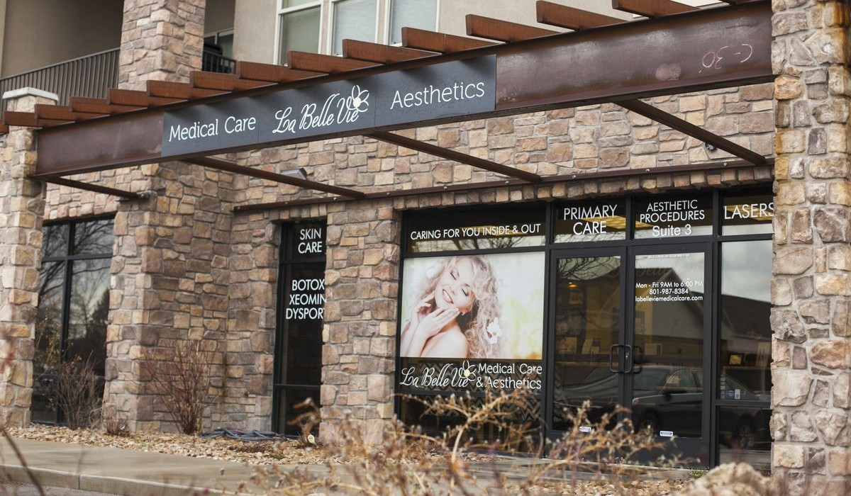 A one-stop shop for beauty and health 10