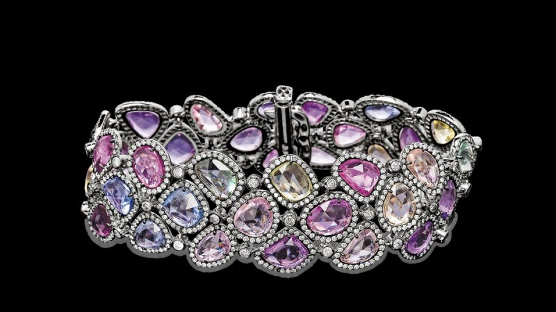 Honoring Mothers with Stunning Keepsakes 14