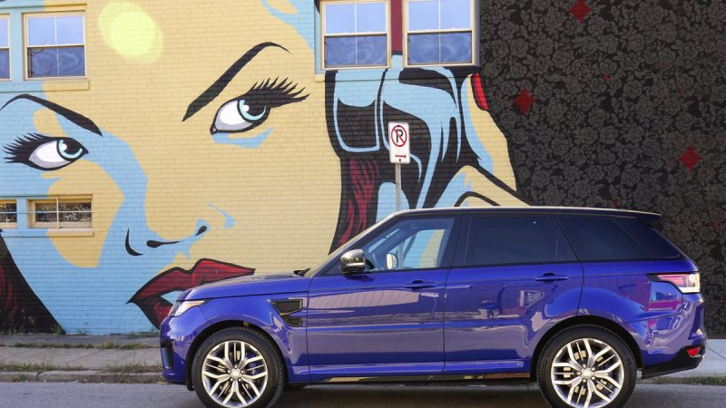 Range Rover Sport SVR Performs like a Sports Car 1