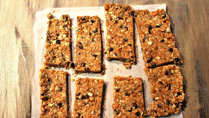 Five Ingredient Granola Bars 2