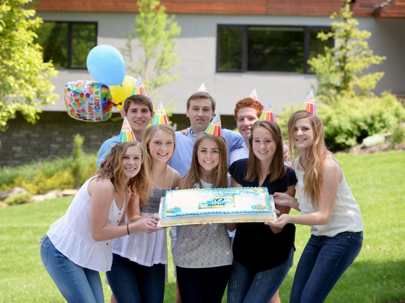 Shawnee Mission East Students Give Back 8