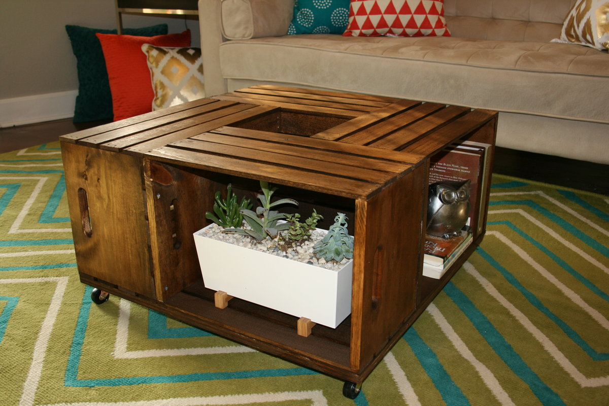 Diy wooden wine crate coffee table leawood lifestyle for Crate style coffee table