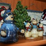 Christmas Treasures: A Thrifty Gift 1