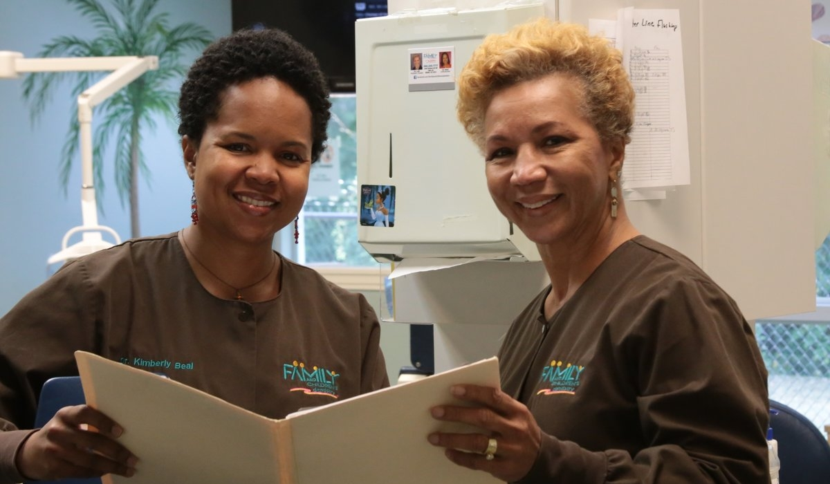 Mother Daughter Dentist Duo Deliver Smiles 3