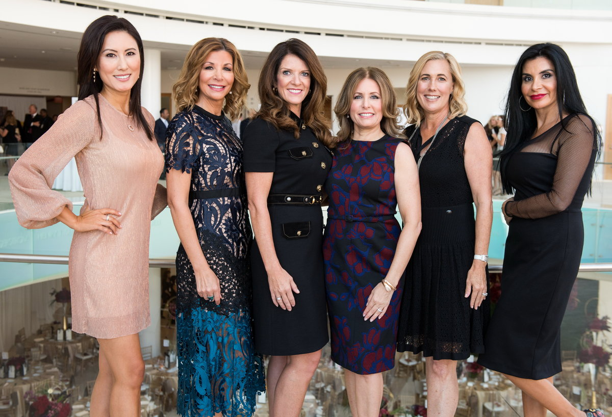 Harvesters' Fashion & Luncheon Extravaganza Nets $680,000! 2