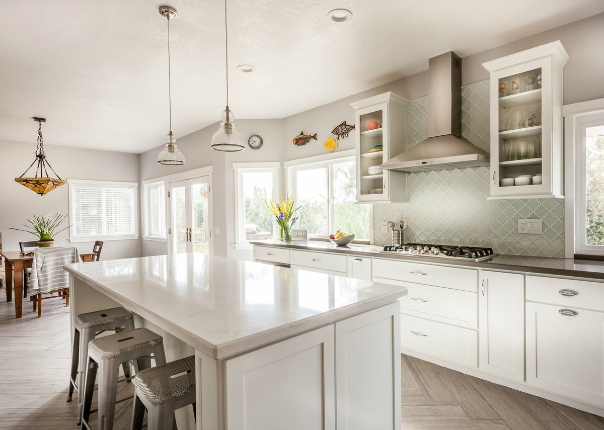 Superbe The Original Mr. Cabinet Care Is An Award Winning, Family Owned, Kitchen  Remodeling, Cabinet Refacing, And Bathroom Remodeling Company Established  In 1987.
