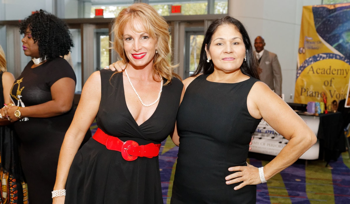 Motherless Daughters Foundation Gala Raises Funds For Needy Teens 4