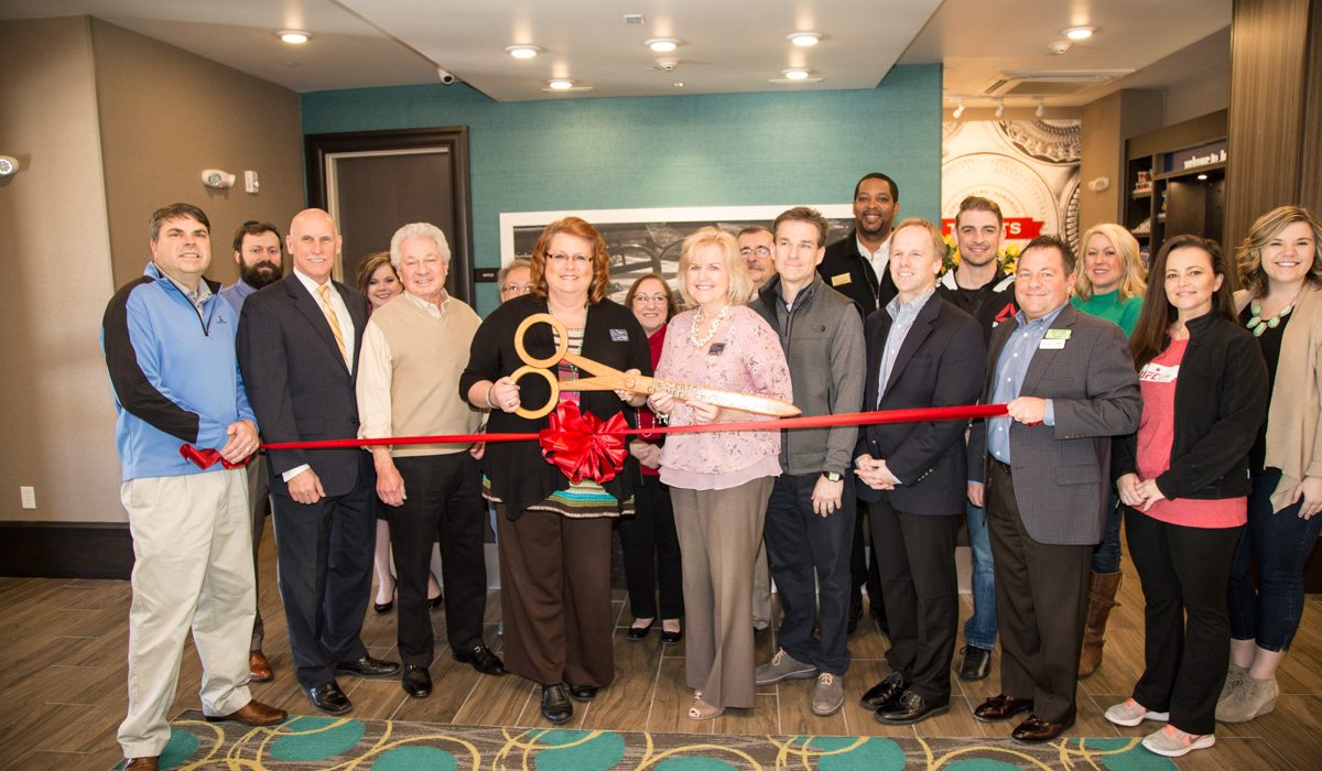 Hampton Inn & Suites Ribbon-Cutting 3