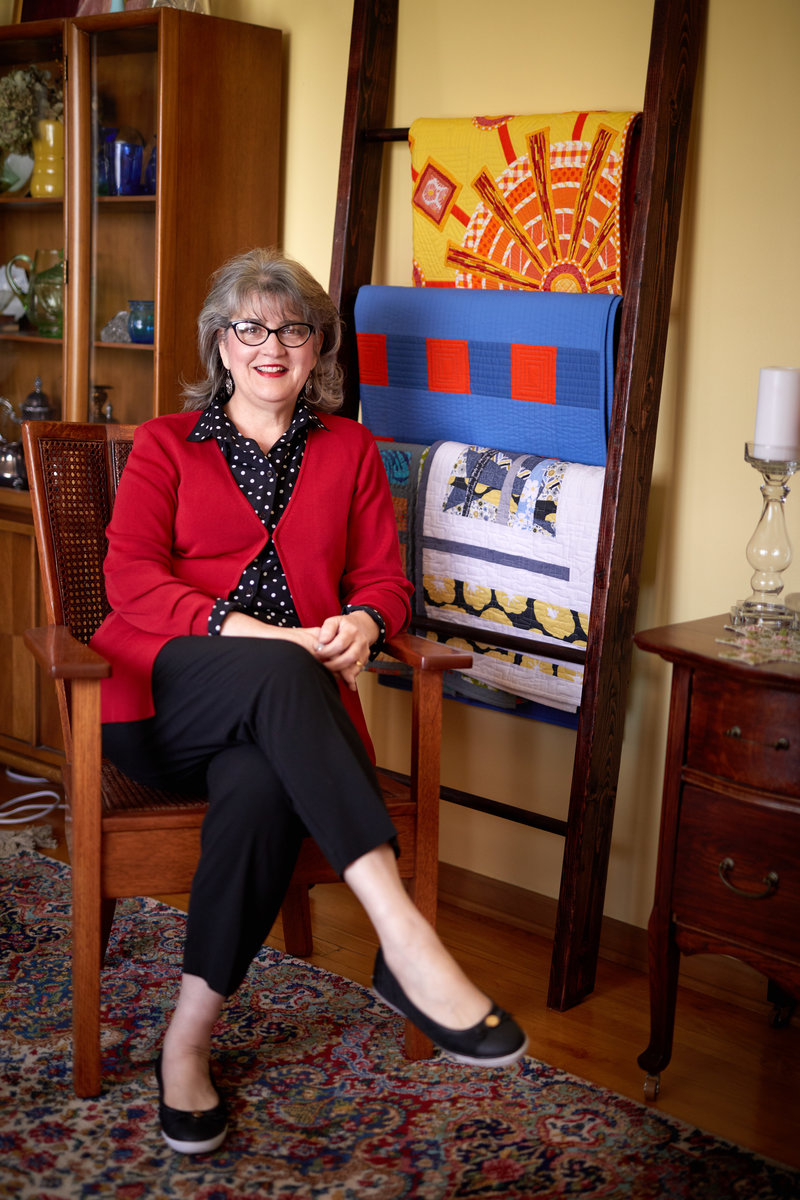 Jane Bromberg Crafts Quilts Into Memorable Works of Art 3
