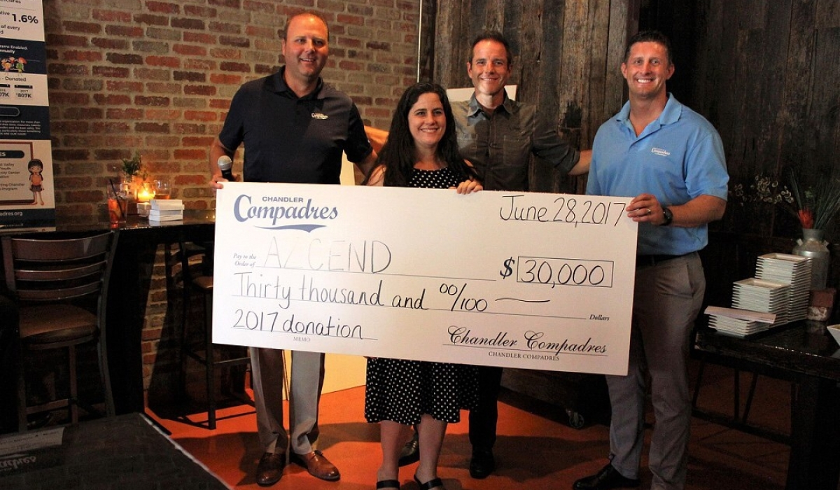 Chandler Compadres Distribute Over $800,000 to Local Charities 5
