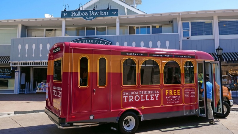 Balboa Peninsula Trolley Makes Its Debut 4