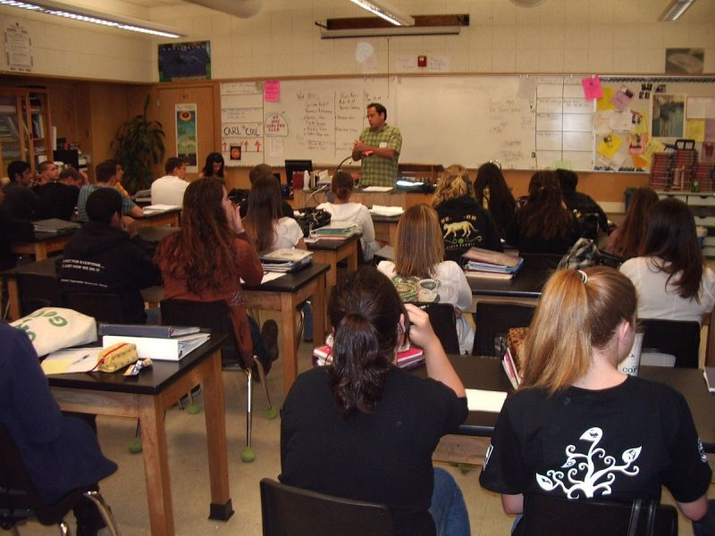 Vocationally Speaking: Segue Career Mentors Share Working Knowledge with Students 1