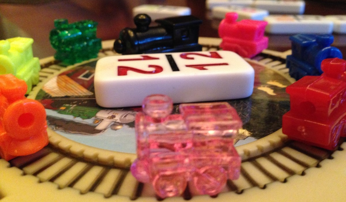 Neighbors and Newcomers Game Night (Bunco/Mexican Train Dominoes) 1