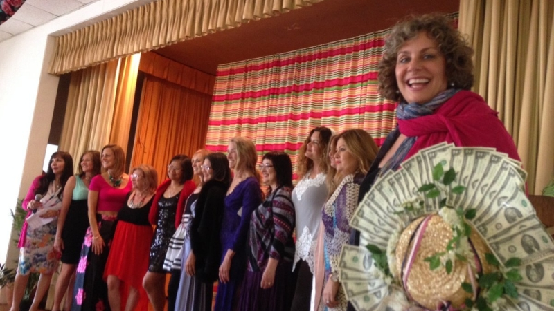 Pacific Palisades Woman's Club 32nd Annual Holiday Home Tour Opens Doors for Community 2