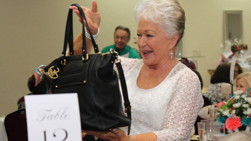 Purse-onality Fundraiser 12