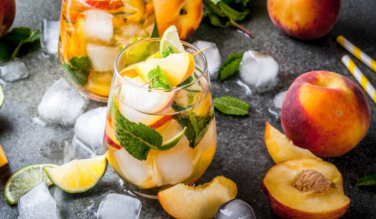 Yummy Summer Sangria 1