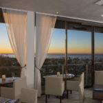 Dining with a View: Restaurants Overlooking the Ocean 3