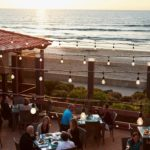 Dining with a View: Restaurants Overlooking the Ocean