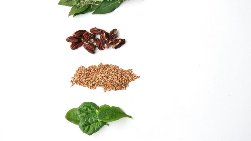 Goat Cheese, Spinach and Pecan Farro Salad 4