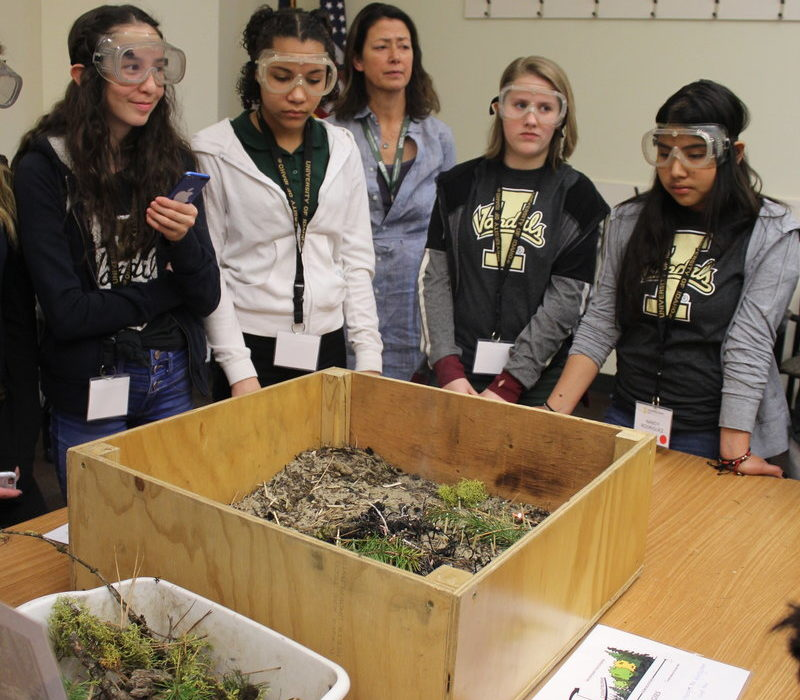 Treasure Valley Middle School Students Introduced to STEM Fields 2