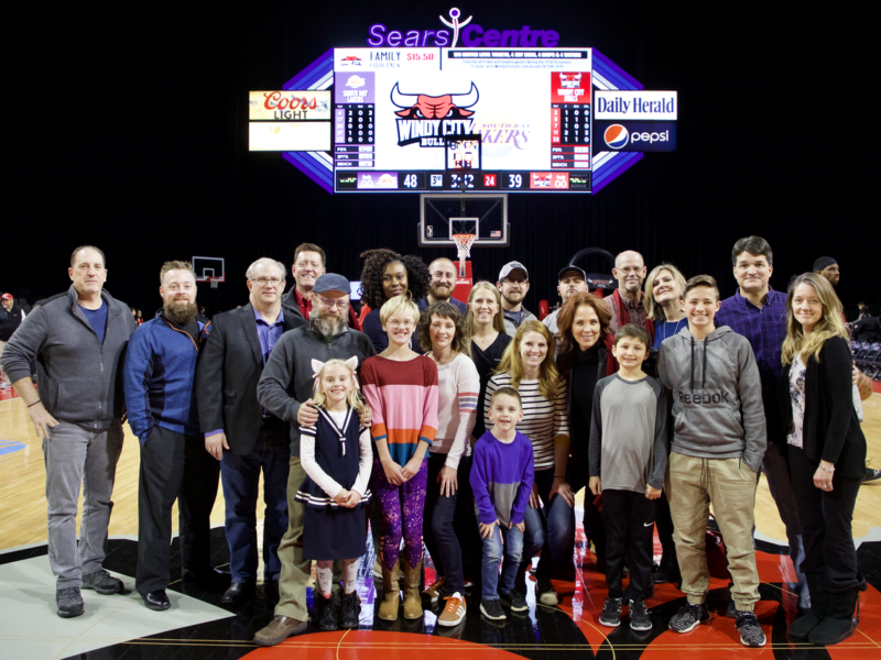SW Lake Lifestyle Readers Party at Windy City Bulls 5