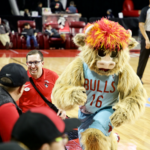 SW Lake Lifestyle Readers Party at Windy City Bulls