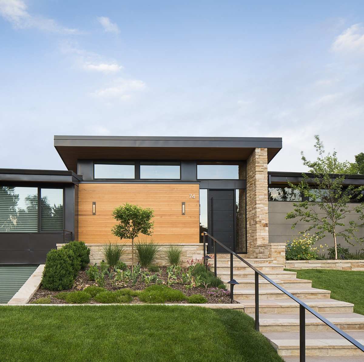 HMH Architecture + Design Transforms a Local Golf Course Home ...