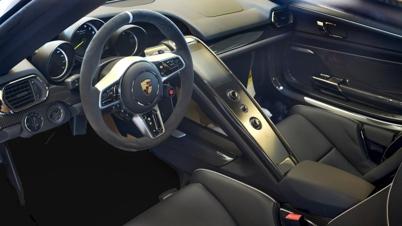 Porsche's 918 Spyder is Automotive Haute Couture 4